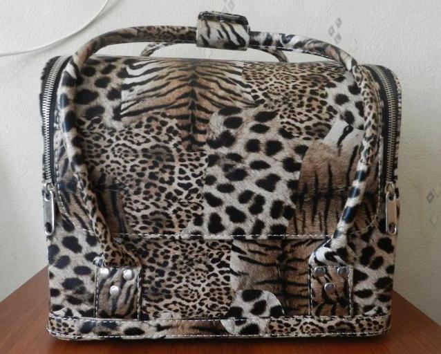 Сумка-чемодан Тигра + Много фото и описание.